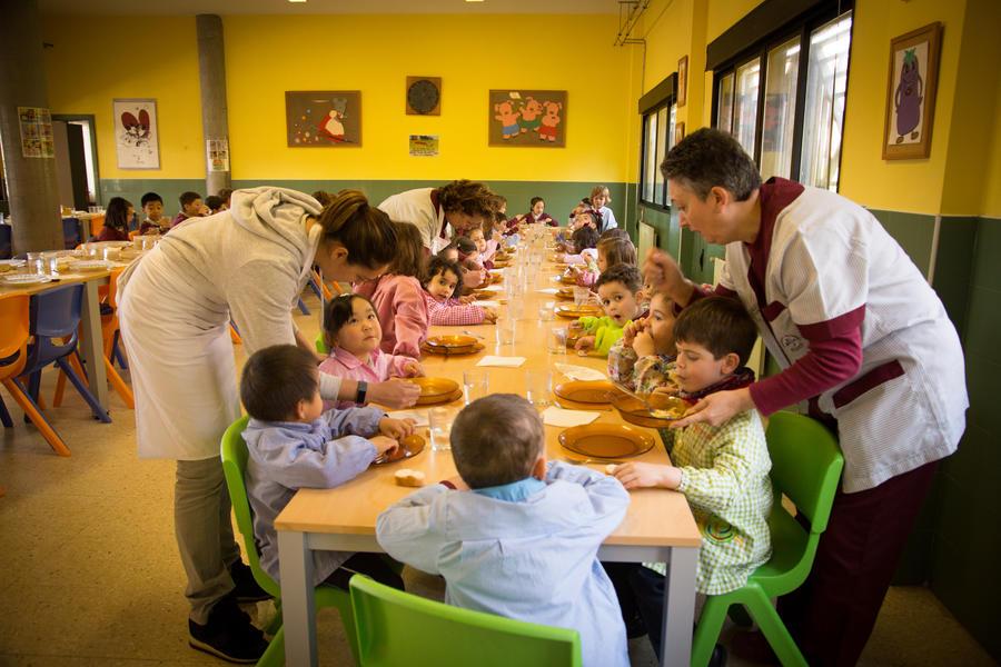Comedor – Colegio Santo Domingo de Navia